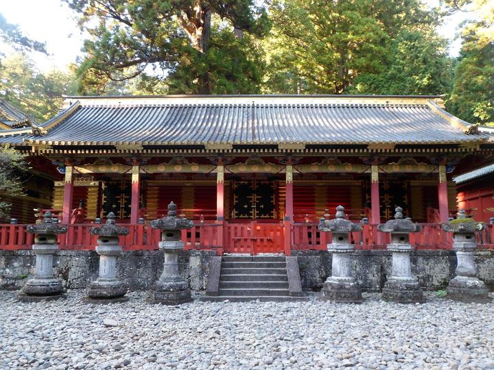 allées du Toshogu puis du sanctuaire Futarasan